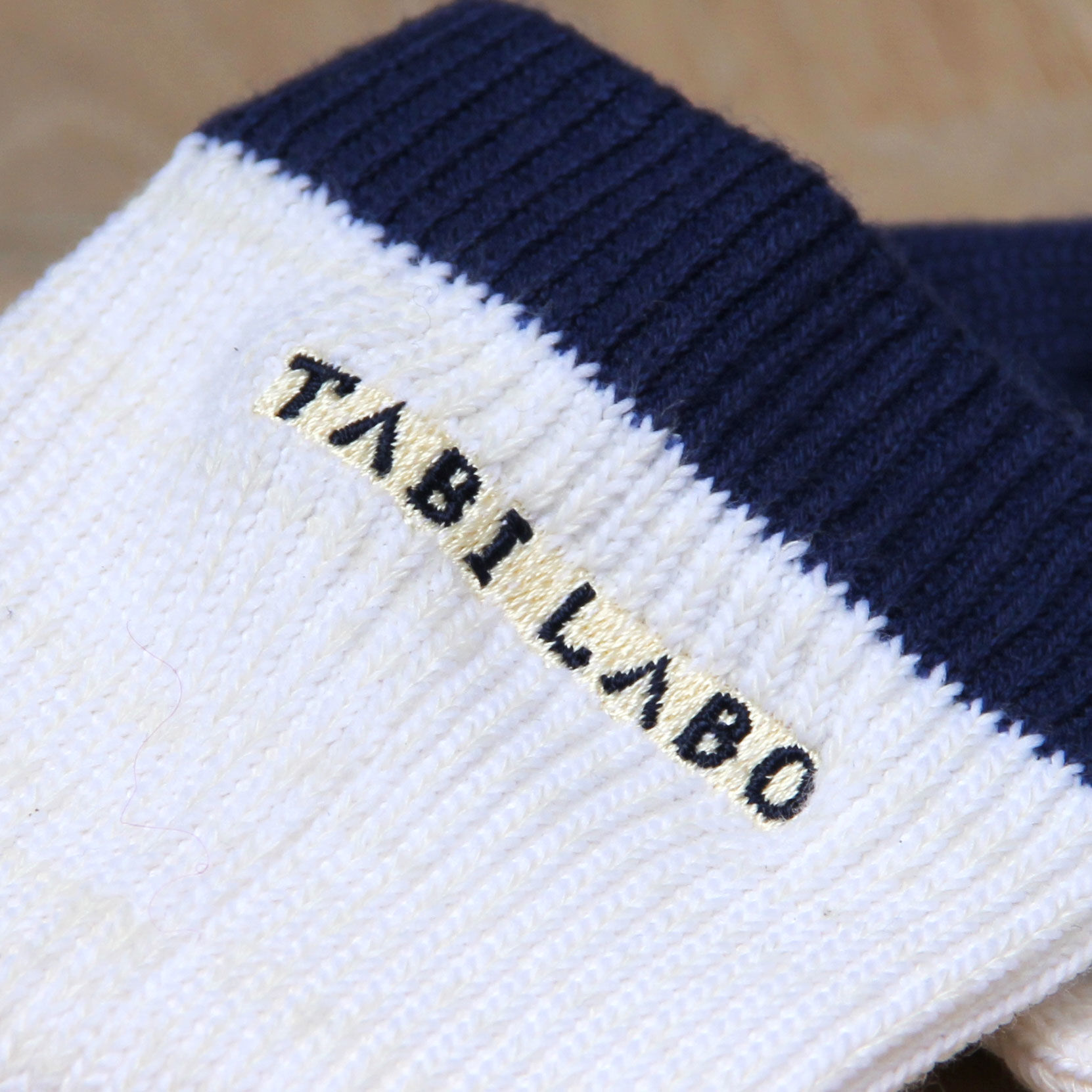 tabio_6325up