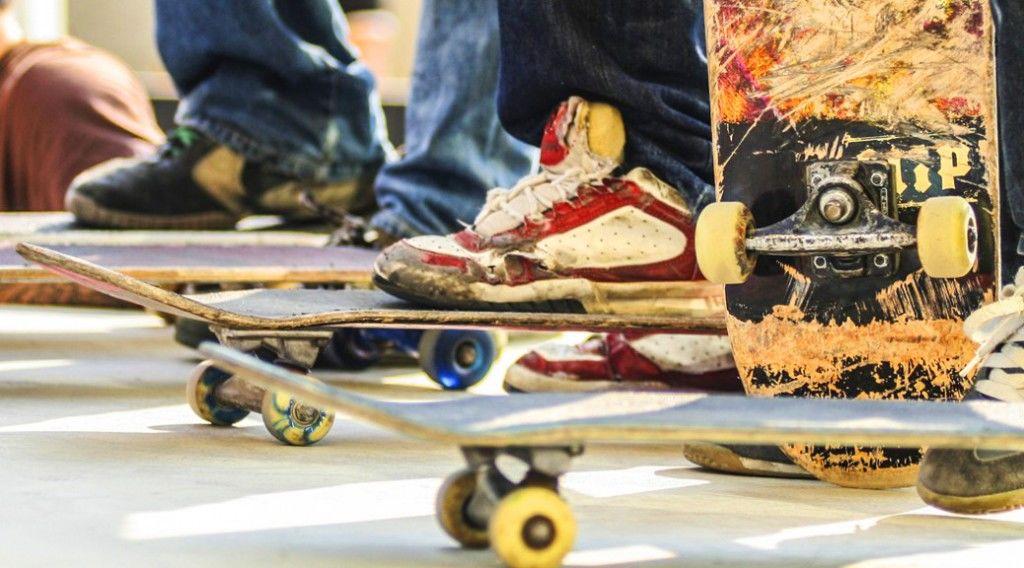 150313_no-legs-skater-1038x5761