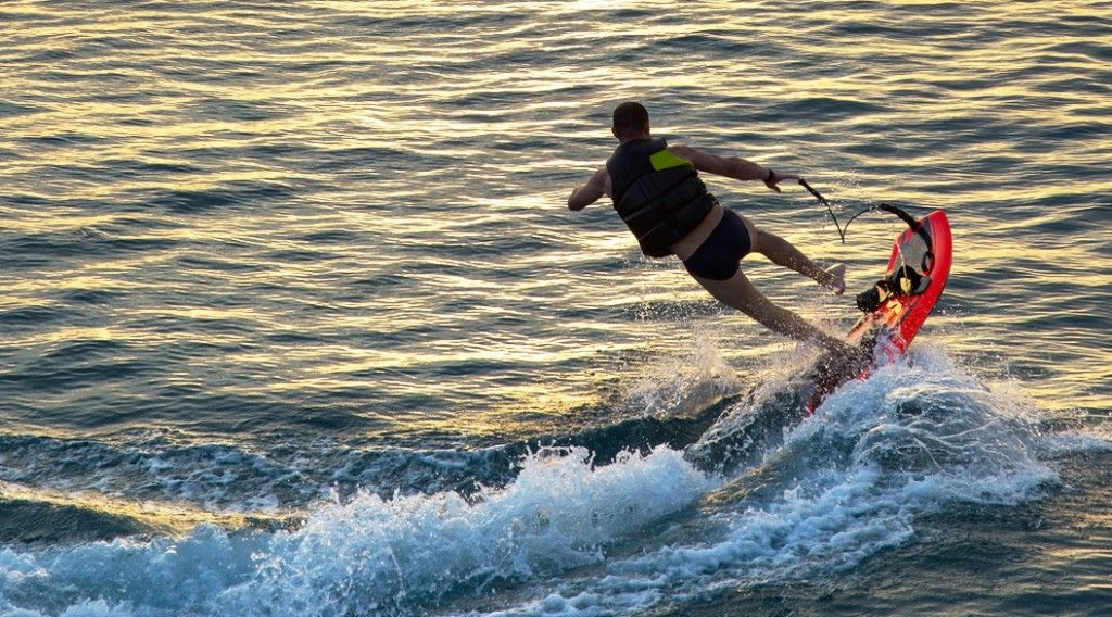 150320_jet-surf2