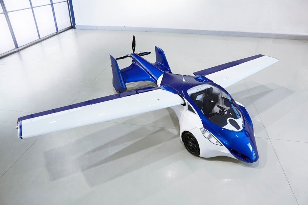 85singo_AeroMobil-3-from-above-airplane-configuration