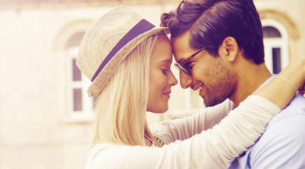 愛すべき女性の行動。男性たちが思わず「グッとくる」10の瞬間