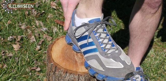 shoelace13