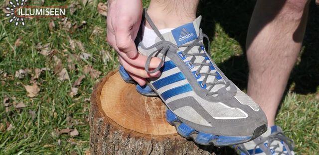 shoelace4