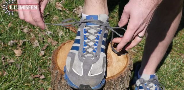shoelace9