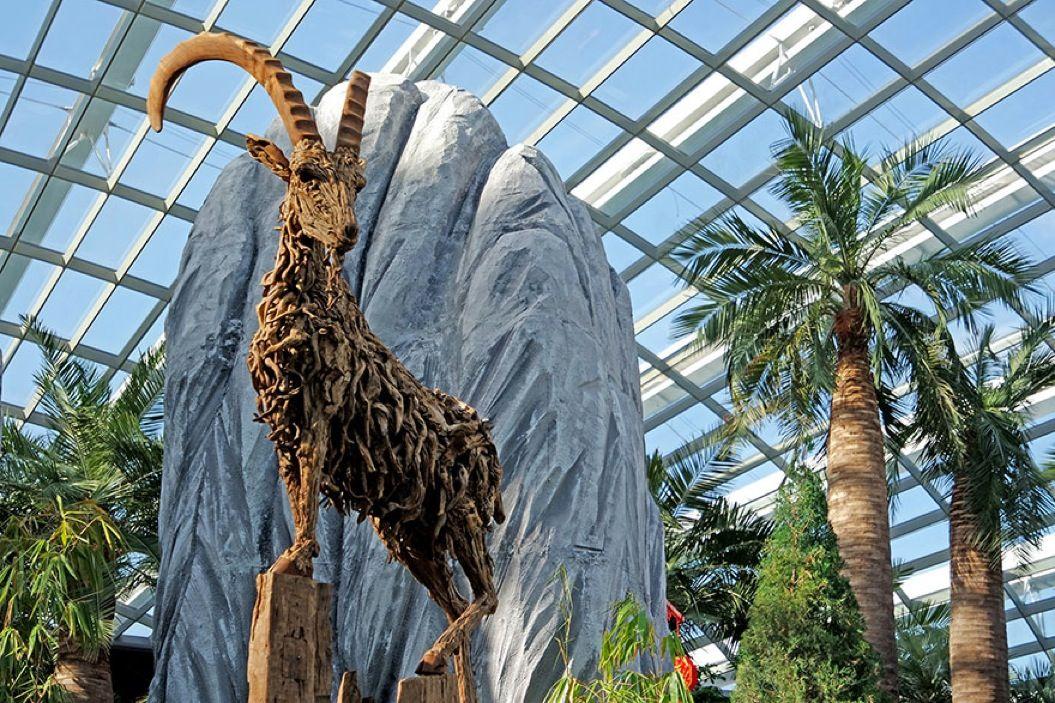 85singo_driftwood-animal-sculptures-jame-doran-webb-2