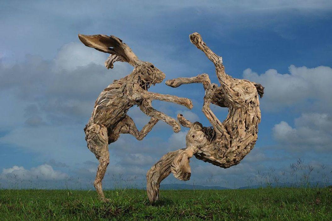 85singo_driftwood-animal-sculptures-jame-doran-webb-31