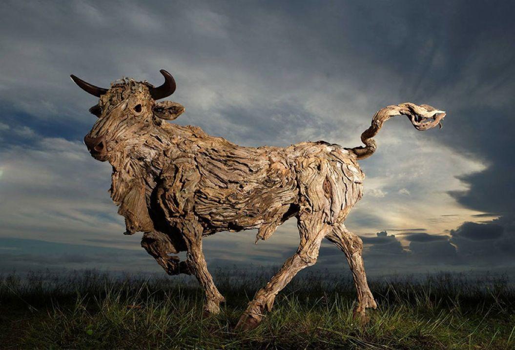 85singo_driftwood-animal-sculptures-jame-doran-webb-4
