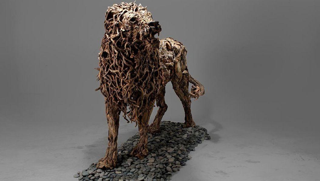 85singo_driftwood-animal-sculptures-jame-doran-webb-8