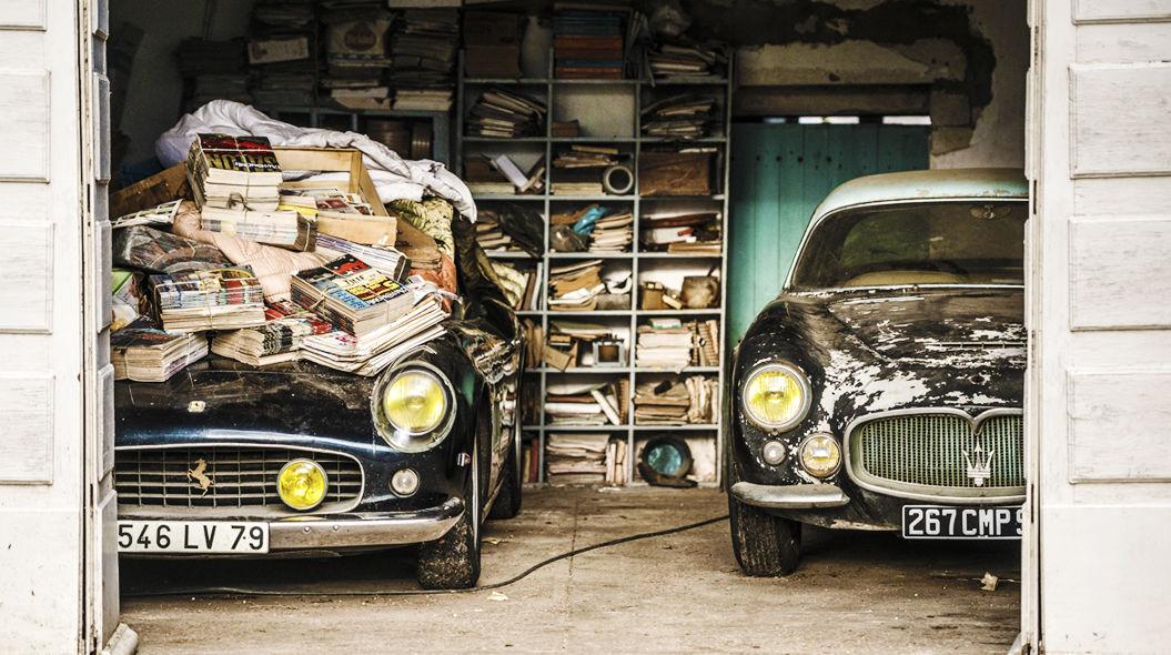 1961 Ferrari 250 GT SWB California Spider and 1956 Maserati A6G Gran Sport Frua , Collection Baillon - © Artcurial