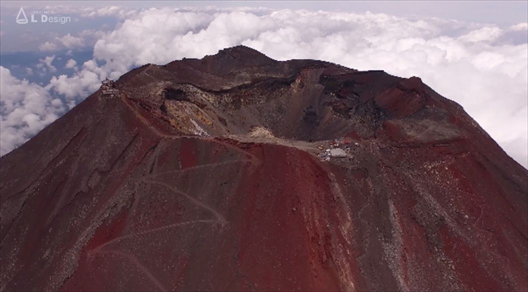 FireShot Capture 551 - Aerial view of Mt. Fuji crater _ 絶景 富士山頂空撮 -_ - https___www.111_R