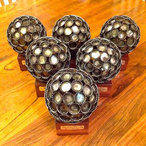 recycled-metal-sculptures-key-coin-michael-moerkey-9