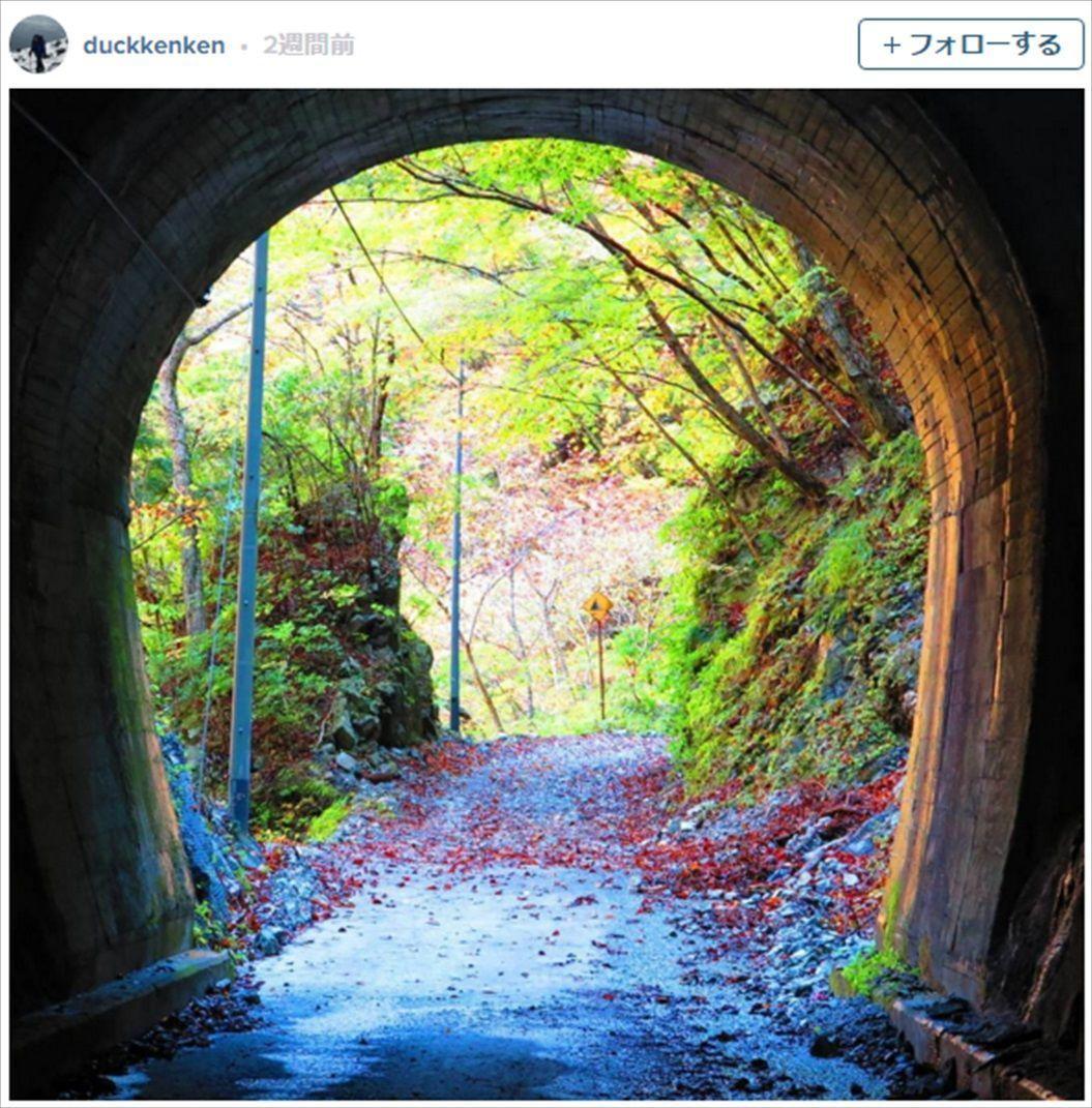 FireShot Capture 1366 - 紅葉とエメラルドグリーンの水が美しい、「ユーシン渓谷」を知っていますか? I TABI LABO_ - http___tabi-labo.com__R