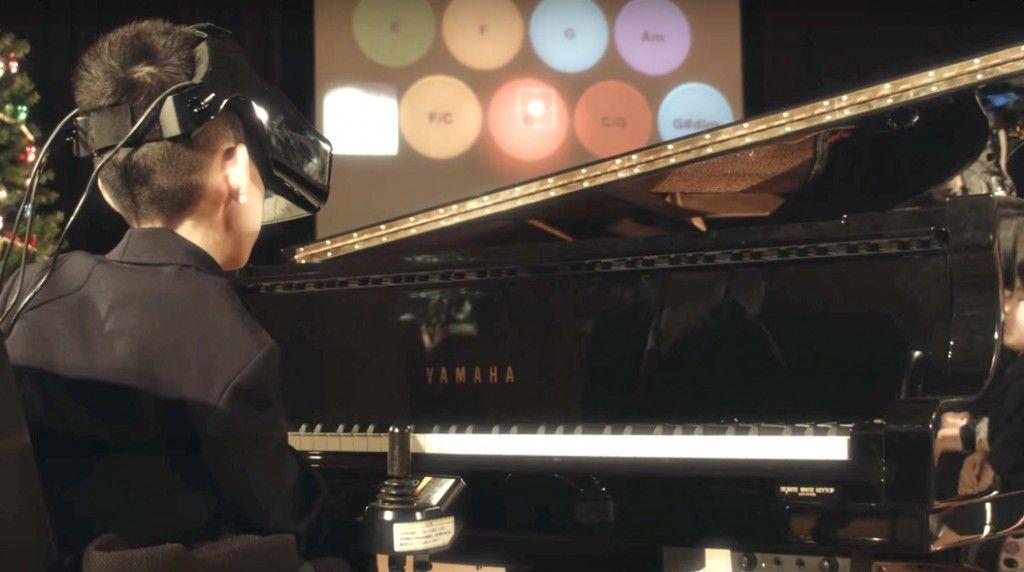 eye-play-the-piano1511-06