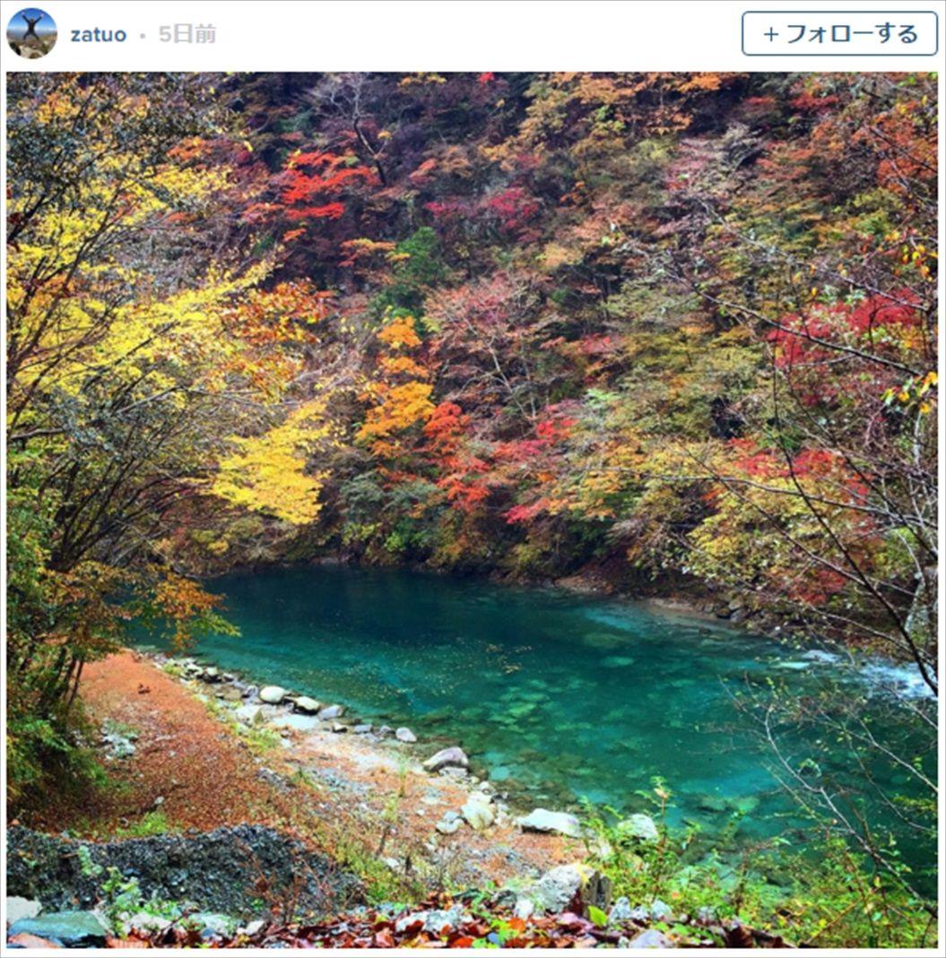 FireShot Capture 1364 - 紅葉とエメラルドグリーンの水が美しい、「ユーシン渓谷」を知っていますか? I TABI LABO_ - http___tabi-labo.com__R