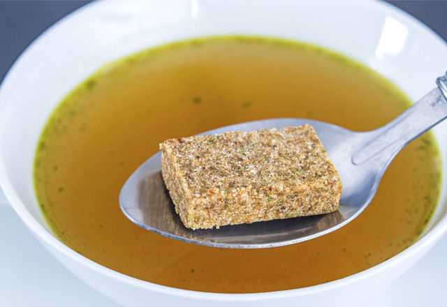 Stock cube with broth