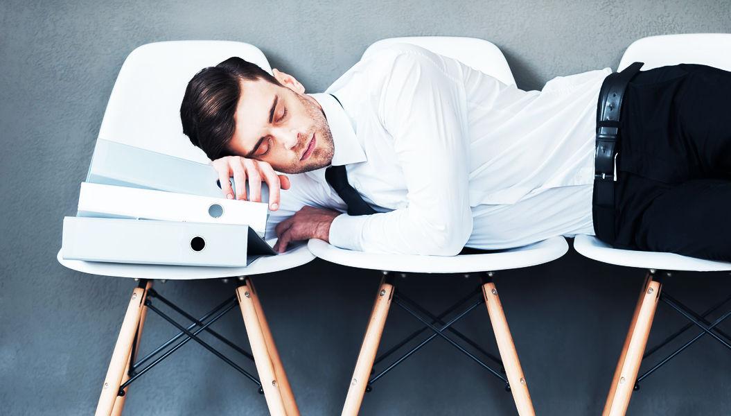 9時間以上睡眠+座り過ぎ+運動不足=早死する確率4倍(研究結果)