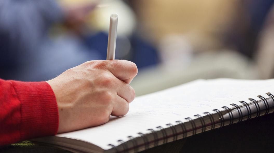 【Macユーザーの皆様へ】最近、ペンを使って「文字」書いてますか?