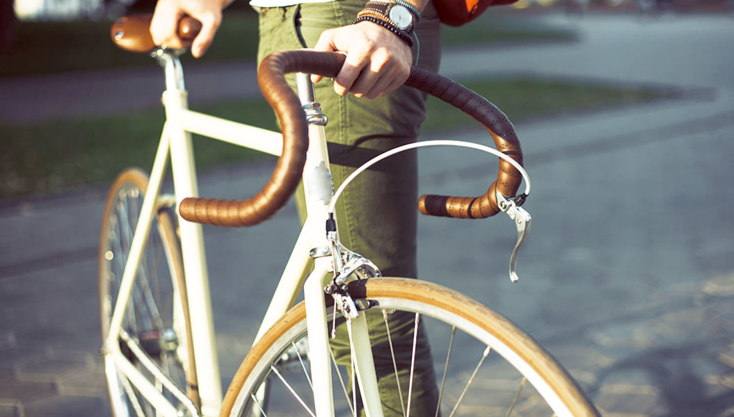 知らないと恥ずかしい、今さら聞けない自転車の「基本ルール」