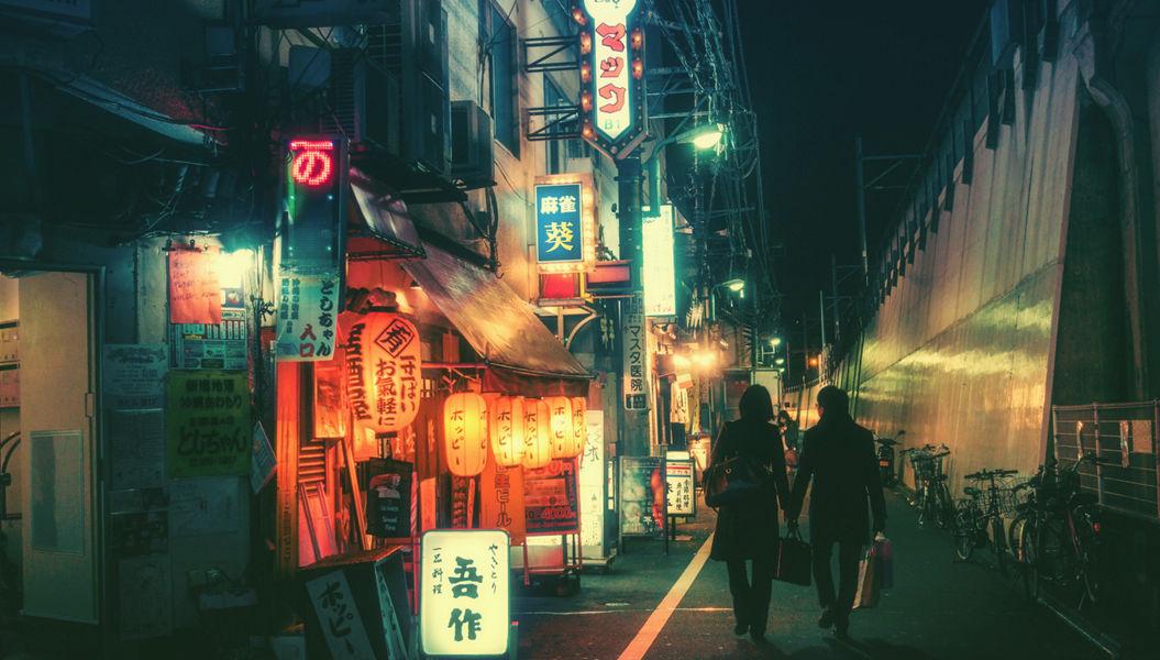 東京の「路地裏夜景」が美しすぎると海外で話題に・・・【18枚】