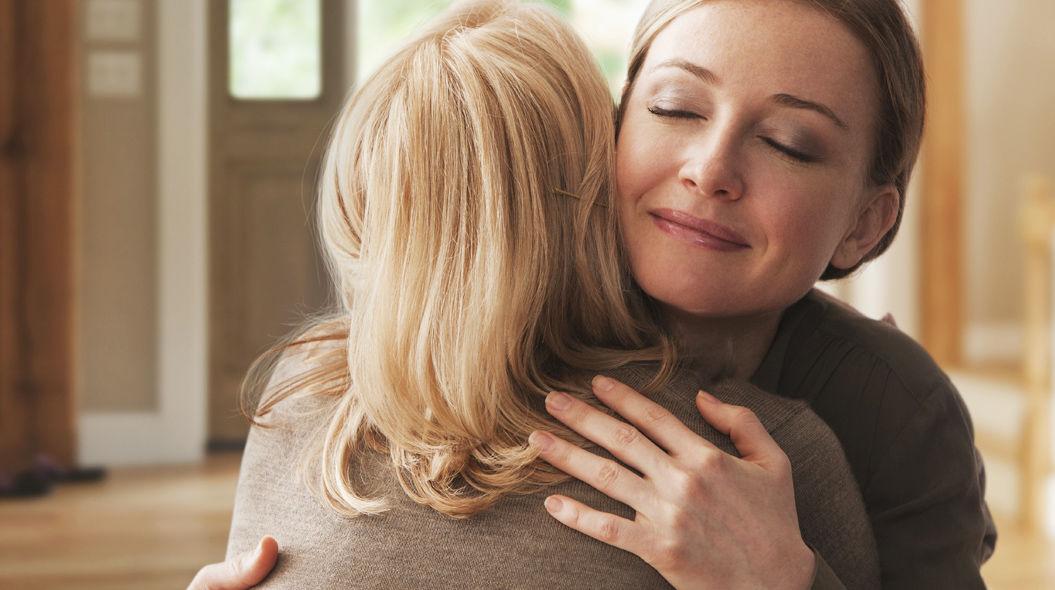 母親があなたの「一番の親友」である14のサイン