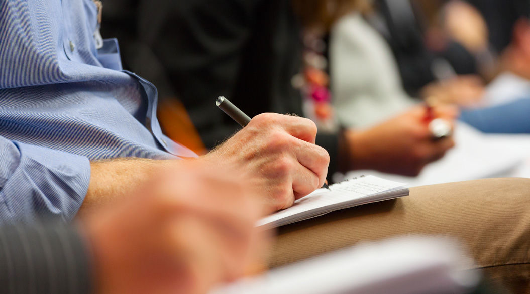 仕事がデキる人はやっている。会議中に、あなたの評価が上がる「10のコツ」