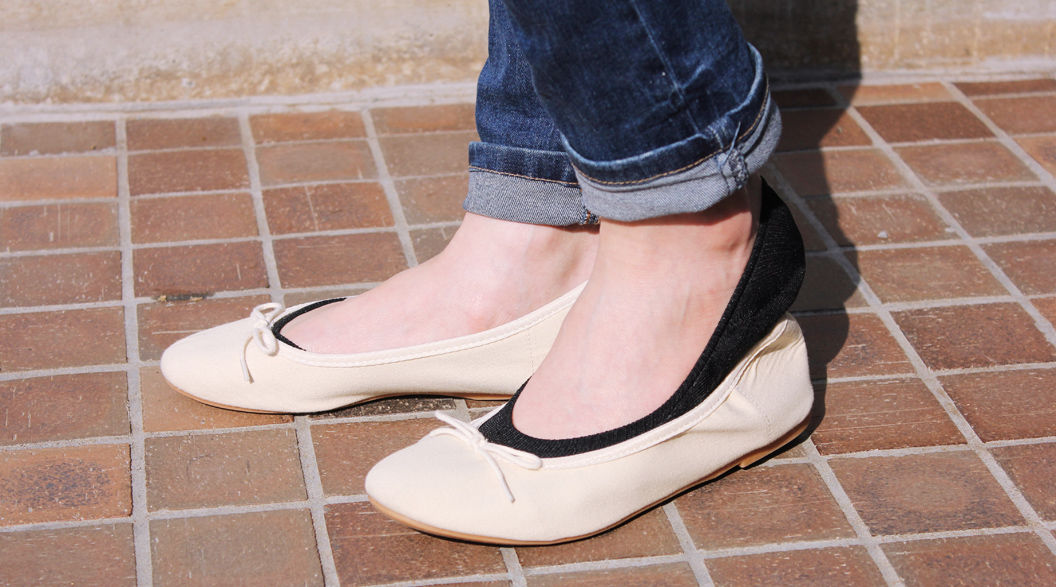 靴のなかで脱げて、くしゃくしゃになる!「アノ靴下」を、脱げにくくした驚きの方法とは?