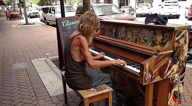 homeless-piano-1