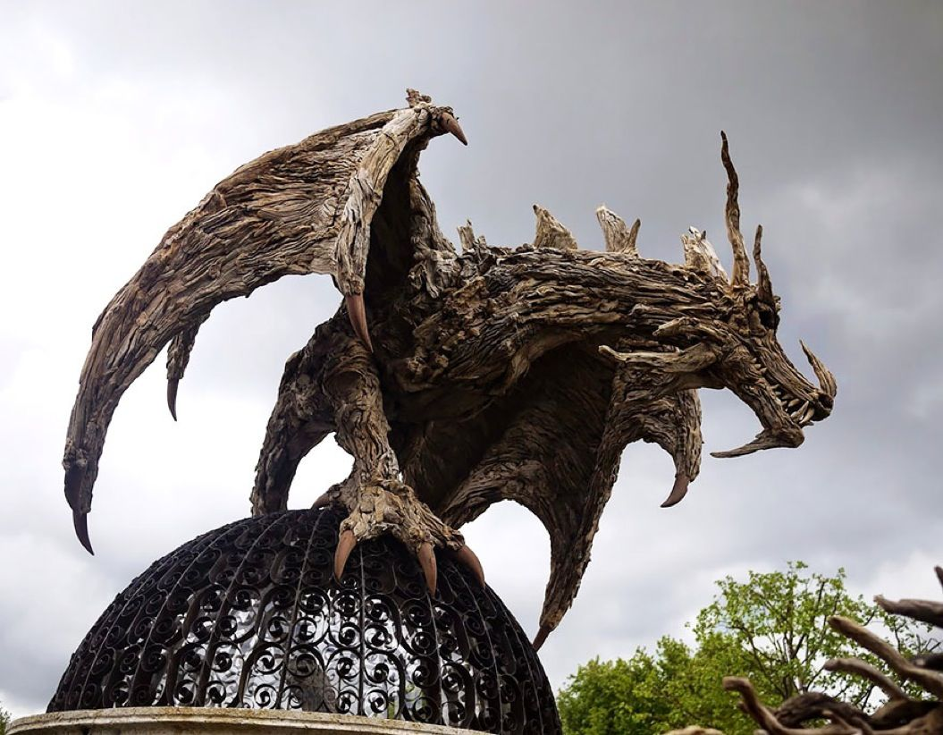 85singo_driftwood-dragon-sculptures-james-doran-webb-4