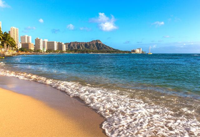 WaikikiBeach-160828-03