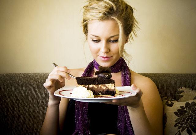 eat-chocolate150901-02