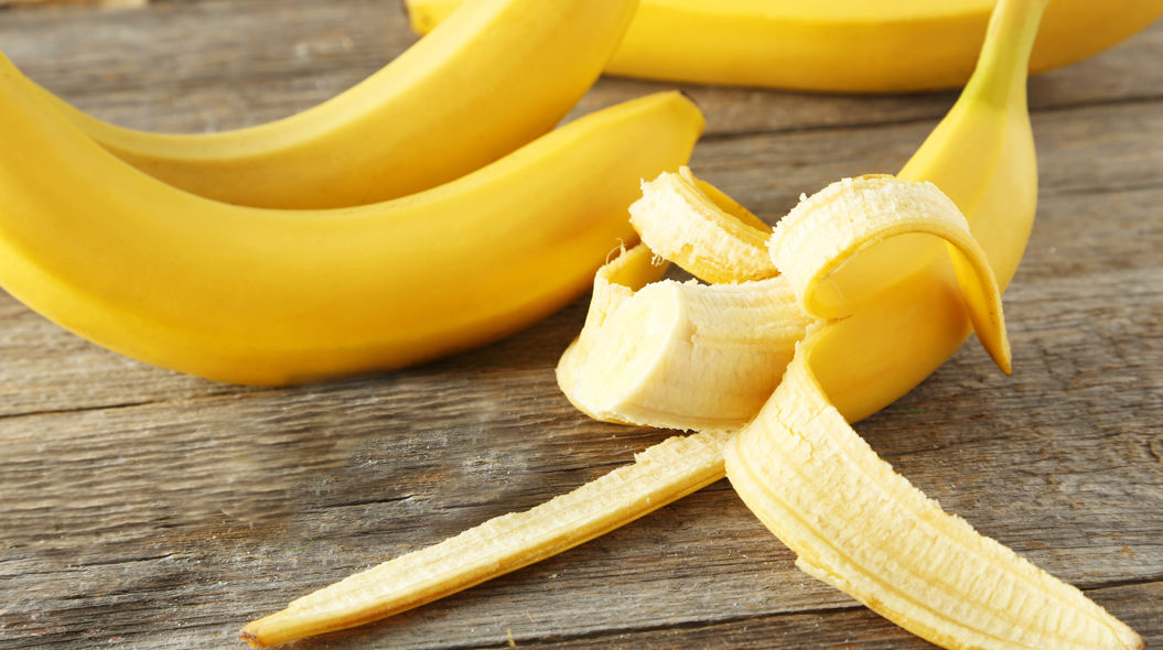 バナナの皮、意外すぎる10の使い道。歯が真っ白になる!?