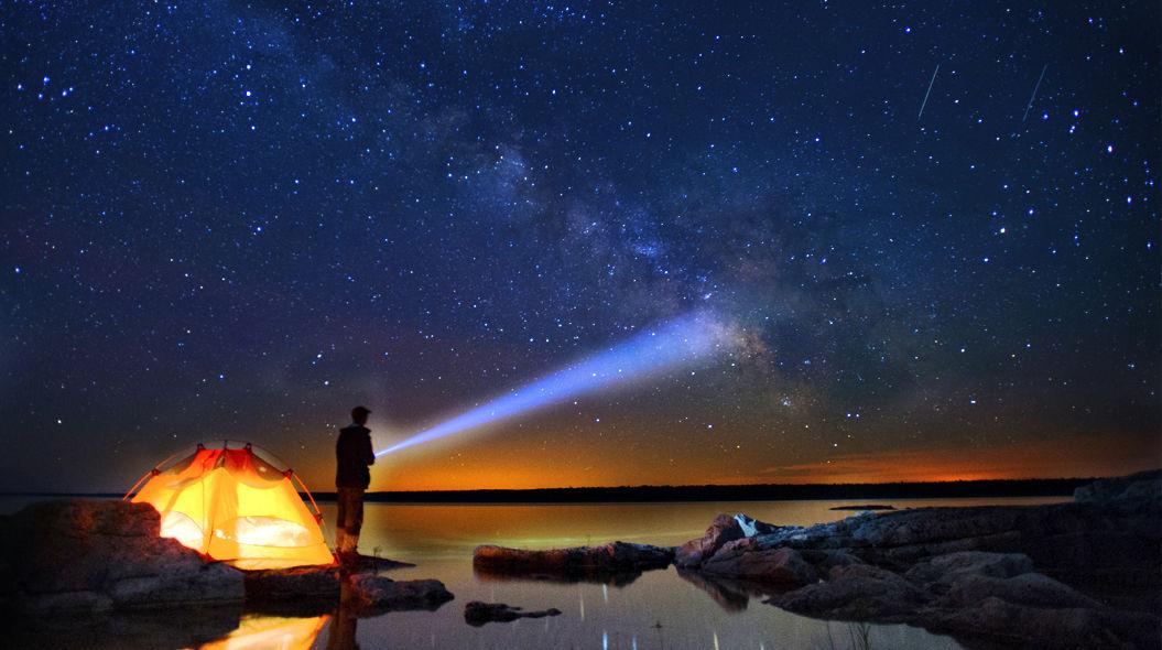 しし座流星群2015!ピークの時間帯、方角、場所を徹底分析!