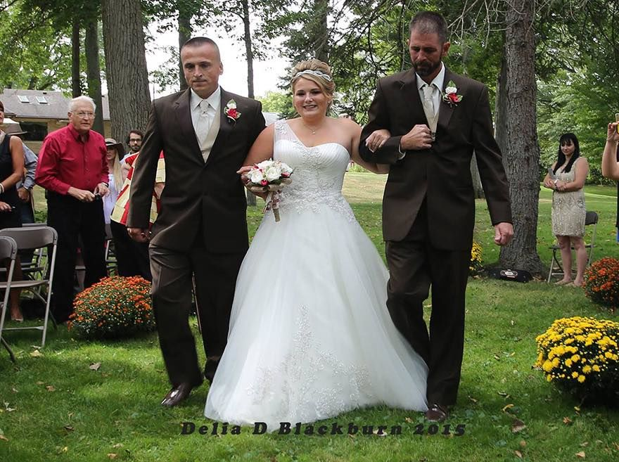 th_father-step-dad-walk-daughter-aisle-wedding-brittany-peck-5