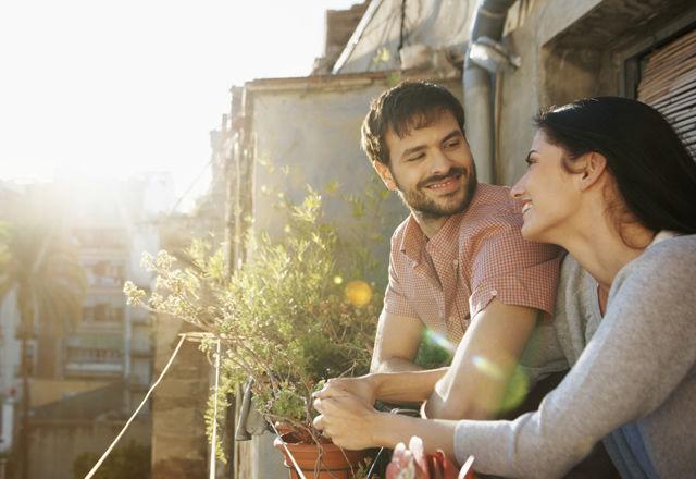 Romance in the sunshine