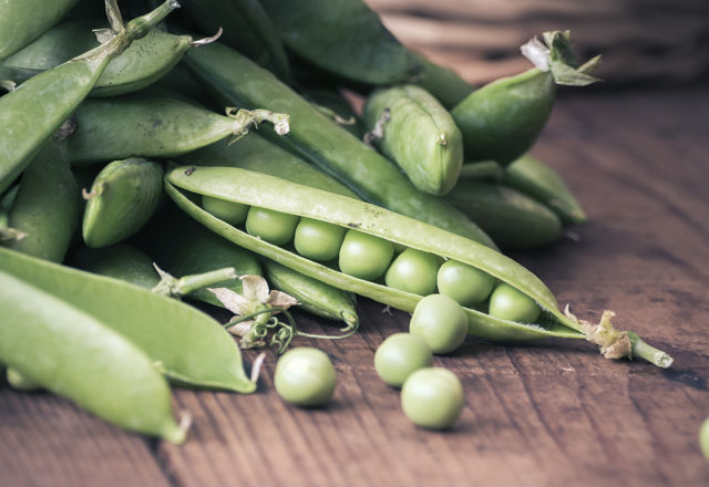Pea pods and Pea with Basket