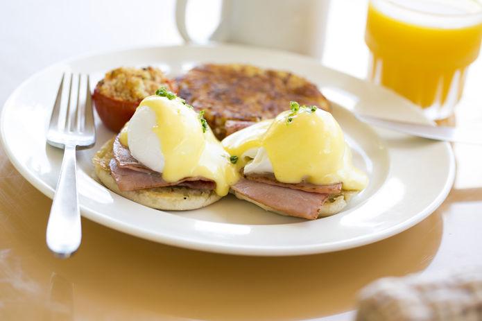 160310_hawaiing-eggbenedict_06